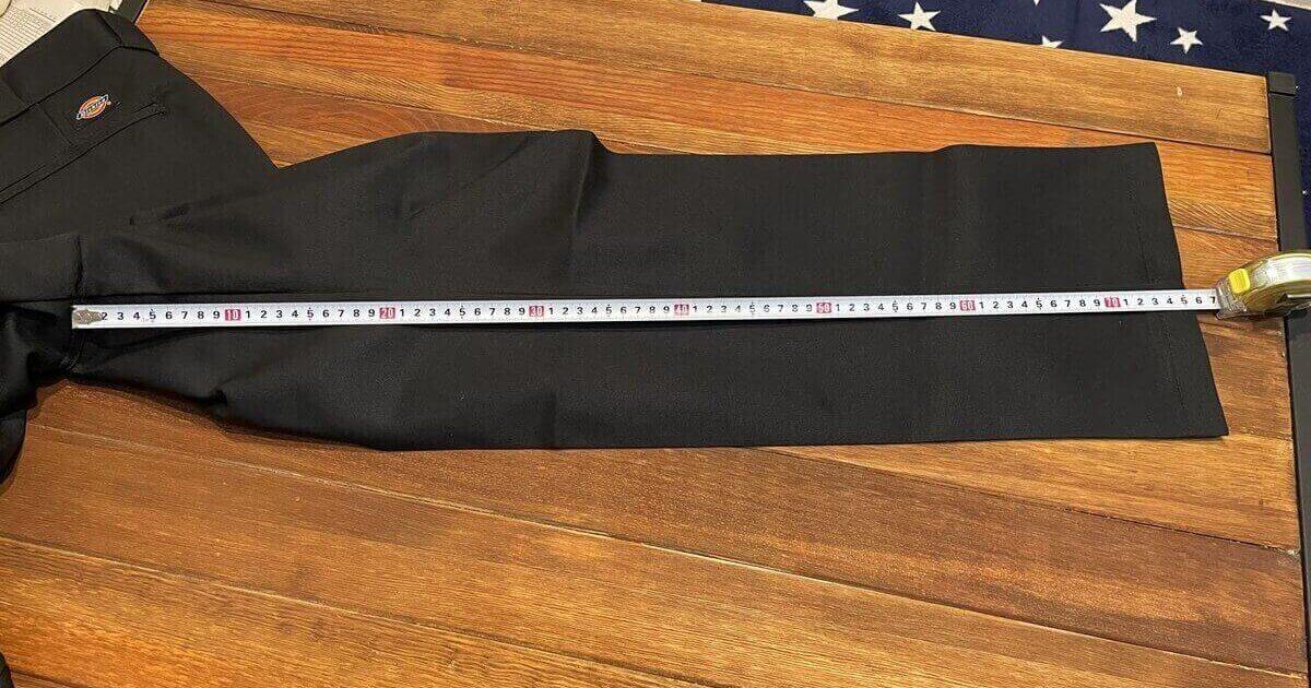 ディッキーズ874のレングスを測定